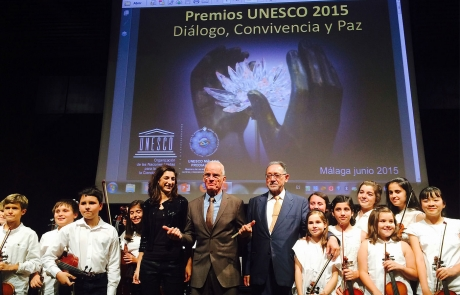 UNESCO prize awarded to Lama Ole Nydahl